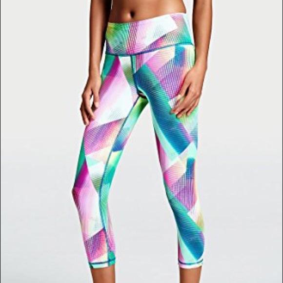 516a21c86eae1 Victoria's Secret Pants   Victorias Secret Knockout Capri Size Small ...